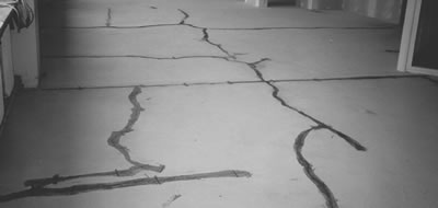 Illustration 2: Crack emergence due to intensive screed contraction. Source: FUSSBODEN ATLAS® (Floor Manual)